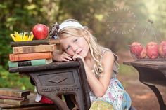 back to school minis take antique desk outside! Photography Mini Sessions, Photography Themes, School Photography, Love Photography, Children Photography, Photo Sessions, School Portraits, School Photos, Kid Portraits