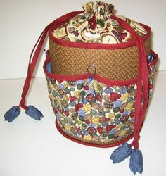Gun Syr och Stickar: Syhink Diaper Bag, Guns, Backpacks, Fashion, Weapons Guns, Moda, Fashion Styles, Diaper Bags, Mothers Bag