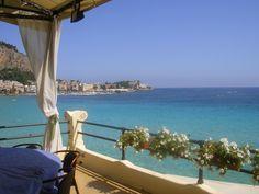 A Mondello, la plage de Palerme © RC Outdoor Furniture, Outdoor Decor, Hammock, Home Decor, Palermo, Sicily, Italy, The Beach, Decoration Home