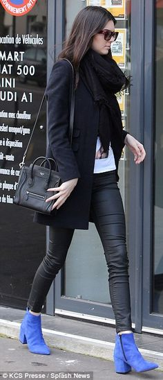 Taking care of business: Kendall headed into a car hire venue to pick up a set of keys Kendall Jenner 2014, Kendall Kardashian, Kendall And Kylie Jenner, Chloe Fashion, Star Fashion, Fashion Outfits, Fashion Styles, High Fashion, Preppy Style