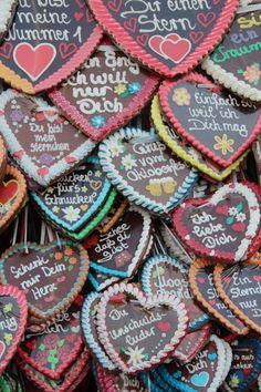 Oktoberfest - Best Place on Planet - Oktoberfest Party, Oktoberfest Outfit, Oktoberfest Decorations, German Oktoberfest, Gaudi, Happy Birthday In German, German Wedding, German Beer, Heart Cookies