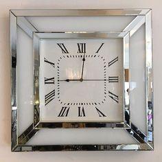 Luxury Life, Luxury Living, Luxury Homes, House Of Decor, Home Decor, Crushed Velvet Sofa, Essex Homes, White Mirror, Interior Decorating