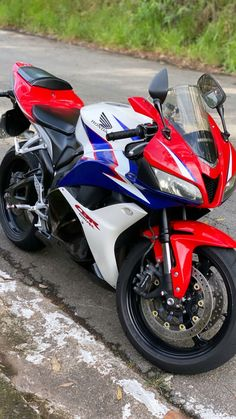 Cbr 600rr, Black Panther Marvel, Neymar, Toque, Nike Tops, Cars And Motorcycles, Honda, Bike, Poses