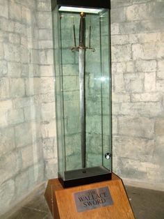 The Sword of William Wallace (Braveheart), Stirling, Scotland - that thing is taller than ME! William Wallace, Battle Of Stirling Bridge, Wallace Monument, Scottish Independence, Templer, Donia, Braveheart, Scotland Travel, Ancient Artifacts