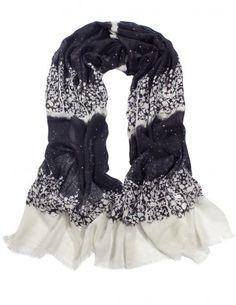 Dahlia Women's 100% Merino Wool Pashmina Scarf - Snow Cover Forest
