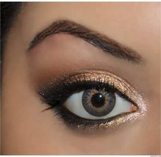 Hazel Eyes: Metallic Gold Smokey Eye