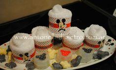 Detalles para los baños de los invitados. Jabones. Towel and soap. Mickey & Minnie party http://antonelladipietro.com.ar/blog/2012/06/cumple-mellis-disney/