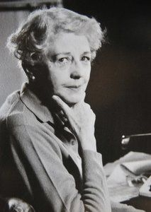 Norah Lofts, née Norah Robinson, (27 August 1904– 10 September 1983) was a 20th-century best-selling British author.