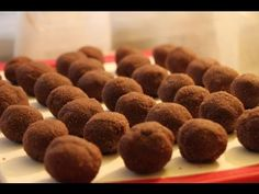 Узнайте как сделать пирожное «Картошка» по двум рецептам: бисквитный вариант и быстрый способ из песочного печенья