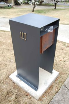Print of Mid Century Modern Mailbox: Design and Color Options Wooden Mailbox, Diy Mailbox, Mailbox Post, Mailbox Ideas, Mailbox Designs, Brick Mailbox, Midcentury Front Doors, Home Mailboxes, Parcel Box