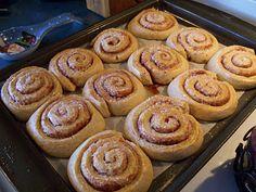 Simply Sweet: Skillingsbolle (Norwegian Cinnamon Buns)