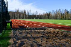 Viime vuoden loppupuolella valmistunut Pohjanlammen lähiliikuntapaikan 1. vaihe tarjoaa monenlaisia liikuntamahdollisuuksia skeittaamisesta pallopeleihin 🙏 Nyt toteutettu alue on osa suurempaa kokonaisuutta, joka täydentyy lähitulevaisuudessa.  #pohjanlampi #lähiliikunta #lähiliikuntapaikka #pohjanlammenlähiliikuntapaikka #kuokkala #jyväskylä #keskisuomi #viherteema #viherteemaoy #viheraluesuunnittelu #maisemasuunnittelu #ympäristösuunnittelu #ulkokuntoilu #ulkokuntoilualue #ulkokuntosali Instagram, Falling Down