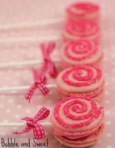 Lollipop Macarons. Such a cute idea!
