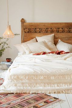 Magical Thinking Net Tassel Duvet Cover $149 @ urban outfitters Add brightly colored pillows and/or sheets