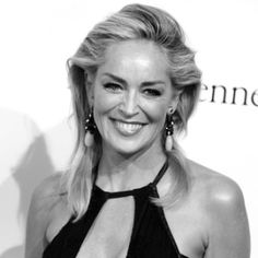 Sharon Stone reveals she suffered a stroke in 2001 Sharon Stone Photos, Actrices Hollywood, Hollywood Stars, Sexy Feet, Sensual, Movie Stars, Fashion Models, Beautiful Women, Actresses