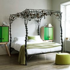 what an awesome bed. although i don't think it goes well with the rest of the decor