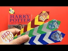 Love Harry Potter? Check out these EASY Paper Harry Potter Bookmarks using the Harry Potter House Colours - will it be Slytherine, Ravenclaw, Huffelpuff or