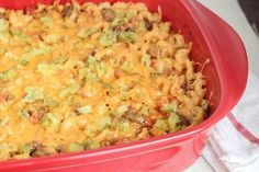 SKIP THE PASTA? skinny cheeseburger casserole recipe serves 8 low fat low calorie low car and kid friendly Low Calorie Dinners, No Calorie Foods, Low Calorie Recipes, Under 300 Calorie Meals, Low Calorie Lunches, Skinny Recipes, Ww Recipes, Cooking Recipes, Dinner Recipes