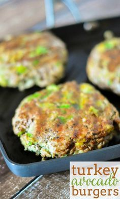 A fabulous, lighter burger to grill this summer - Avocado Turkey Burgers!A fabulous, lighter burger to grill this summer - Avocado Turkey Burgers! Turkey Burger Recipes, Healthy Turkey Burgers, Ground Turkey Burgers, Beef Burgers, Hamburger Recipes, Veggie Burgers, Turkey Grill, Ground Turkey Meals, Grilled Turkey Burgers