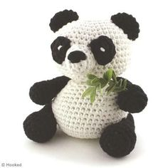 Free panda amigurumi pattern (needs translating)