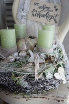 Christmas Advent Wreath, Christmas Countdown, Christmas 2016, Rustic Christmas, Christmas Crafts, Christmas Decorations, Table Decorations, Pillar Candles, Diy And Crafts