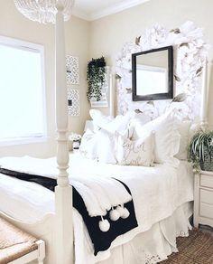 Teen Bedroom Designs, Room Ideas Bedroom, Bedroom Decor, Bedroom Inspo, Bedroom Ideas For Teens, Bedroom Crafts, Teenage Girl Bedrooms, Girls Bedroom, Modern Teen Bedrooms