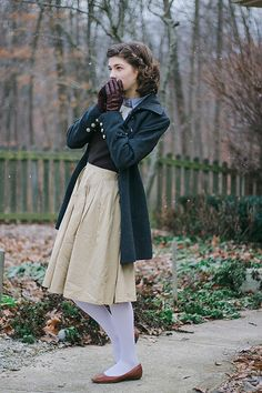 Outfit // New Beginnings. Reminds me of Lucy from Narnia! Such an adorable coat, and love the shoe/stocking combo and the leather gloves! Modest Outfits, Skirt Outfits, Modest Fashion, Dress Skirt, Dress Up, Cute Outfits, Fashion Outfits, Retro Fashion, Vintage Fashion