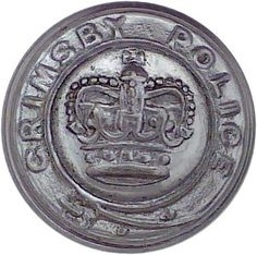 Great Grimsby Police - Police or Prisons uniform button for sale Police Crime, Buttons For Sale, Police Uniforms, Queen Crown, Commonwealth, Chrome Plating, Photo Art, Empire