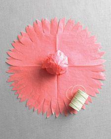 Do It Yourself - DIY - Pompons de papel de seda - Flores de Seda - Bombom embalado em forma de dália -  Decoração de Festa - Tuty - Arte & Mimos www.tuty.com.br