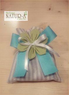 Sacchetto bomboniera righe per saponetta, fiocco tiffany e bianco 🎀 con decorazione fiore 🌸 in feltro