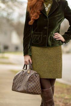 Turning Heads #linkup-2nd Year Blog Anniversary+ Vineyard Visit - Elegantly Dressed & Stylish - Over 40 Fashion Blog