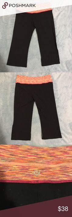 Lululemon Cropped Black Leggings Size 8 Lululemon Cropped Black Leggings. This has a bit of piling. lululemon athletica Pants Leggings