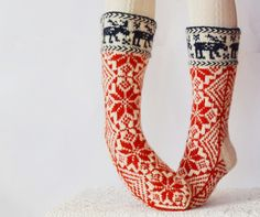 Handknit socks: WoolSpace