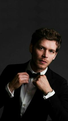 Joseph morgan, the originals, and klaus mikaelson image The Vampire Diaries, Vampire Diaries Poster, Vampire Diaries Wallpaper, Vampire Diaries The Originals, Joseph Morgan, Paul Wesley, Klaus Mikaelson Gif, Klaus Tvd, Klaus The Originals