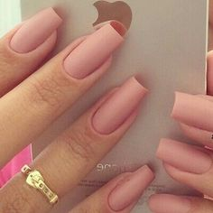 Image via We Heart It #beauty #manicure #nailart #nails #pink