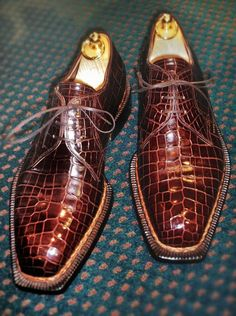 Men's Handcrafted Genuine Alligator Leather Shoes for Sale – Shoes Office Hot Shoes, Men's Shoes, Shoe Boots, Leather Men, Leather Shoes, Soft Leather, Gentleman Shoes, Derby Shoes, Sneaker Boots