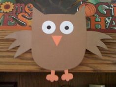 Easy craft for kids, Easy Thanksgiving craft, preschool Thanksgiving craft. Owl craft for kids, fall craft for kids. I like this one because the only materials are construction paper, glue stick and scissors. So cute!