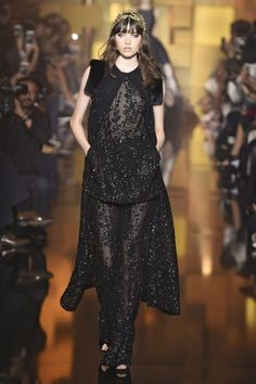 ELIE SAAB: Runway Fashion from Couture Week 2015 - Best of Couture Week 2015