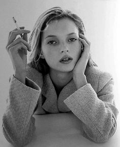 reveries-of-fashion:  Kate Moss