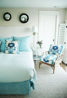im shaking in my boots, sincerely im in love bad. walking on sunshine:-)   via:House of Turquoise: Whitney Cutler