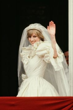 Did you know Princess Diana's wedding dress lace dated back to Queen Mary?