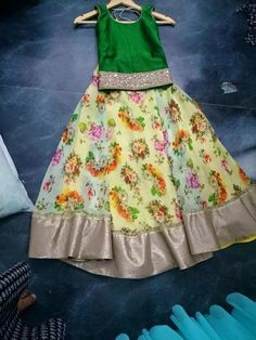 I LOVE THE GREEN BLOUSE!! And it goes beautifully w the floral skirt