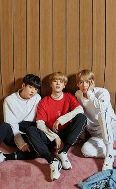 jungkook, jimin and Taehyung Bts Taehyung, Bts Jimin, Bts Bangtan Boy, Jung Hoseok, Jikook, Seokjin, Namjoon, Billboard Music Awards, Foto Bts