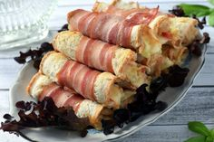 Roladki z chleba tostowego – Smaki na talerzu Cheese Ball, Food Presentation, Sausage, Grilling, Salads, Recipies, Food And Drink, Snacks, Ethnic Recipes