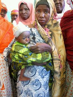 Rakia and her baby in Niger