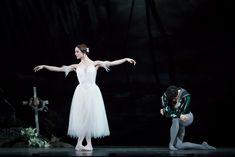 Royal Ballet's Giselle with Marianela Nuñez and Federico Bonelli (Photos from Gramilano Facebook Page)