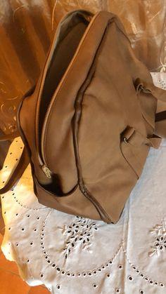 Leather Backpack, Backpacks, Bags, Fashion, Homemade, Handbags, Moda, Leather Backpacks, Fashion Styles