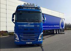 Autodoprava Pavel Kostrbel s.r.o. – Sbírky – Google+ Volvo, Trucks, Vehicles, Google, Truck, Cars, Vehicle