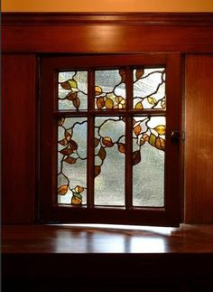 beautiful Arts & Crafts stained glass example