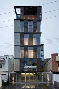 [A3N] : Building 03 98 / Espinoza Carvajal Architects